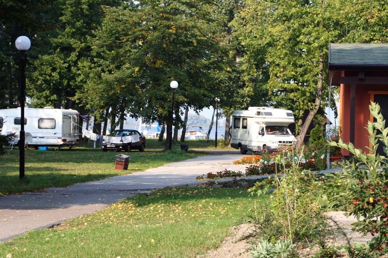 http://campingmarina.pl/Camping1/obrazek_009.jpg